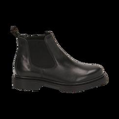 Chelsea boots neri in vera pelle, Stivaletti, 147729409PENERO036, 001 preview