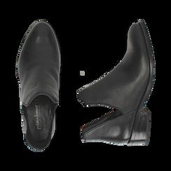 Bottines en cuir noir, talon de 3 cm, Chaussures, 159407601PENERO037, 003 preview