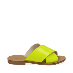 Mules flat gialle in vernice fluo, 136767002VEGIAL035, 001a