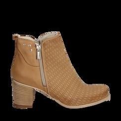 Ankle boots colore cuoio in nabuk con tomaia traforata, 117009200NBCUOI035, 001a