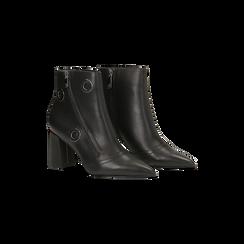 Tronchetti neri con oblò metallo e zip, tacco 7 cm, Scarpe, 128405081EPNERO, 002 preview