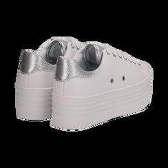 Sneakers bianche in eco-pelle dettaglio argento e suola platform, Scarpe, 132602020EPBIAR036, 004 preview