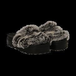 Ciabatte grigie in eco-fur con catenelle, Primadonna, 112061302FUGRIG041, 002 preview