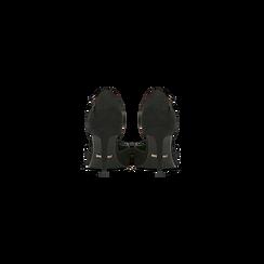 Décolleté nere con cinturino a T, tacco 5 cm, Scarpe, 124820729MFNERO, 003 preview