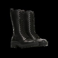 Anfibi neri in vera pelle, con maxi-occhielli e gambale alto, tacco basso, Scarpe, 127723706VINERO, 002 preview