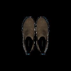 Chelsea Boots taupe in vero camoscio, tacco medio 5,5 cm, Scarpe, 127723509CMTAUP, 004 preview