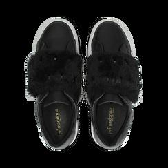 Sneakers nere Slip-on con dettagli faux-fur e borchie, Primadonna, 126103025EPNERO, 004 preview