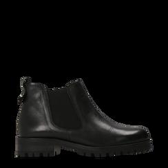 Chelsea Boots neri in vera pelle, suola dentellata, Scarpe, 126905555VINERO035, 001a