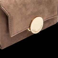 Pochette taupe in microfibra scamosciata chiusura frontale gold, Saldi Borse, 123308437MFTAUPUNI, 004 preview