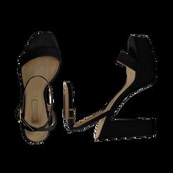 Sandali con pleateau neri in eco-pelle, tacco 12,50 cm, Scarpe, 132138091EPNERO036, 003 preview
