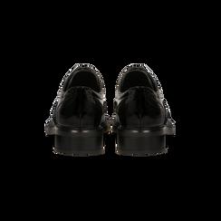 Francesine stringate vernice nera punzonata, Scarpe, 120618203VENERO, 003 preview
