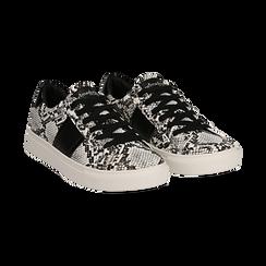 Sneakers bianco/nere in eco-pelle, effetto snake skin, Scarpe, 142619071PTBINE035, 002 preview