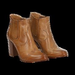 Ankle boots in pelle cuoio con banda elastica e tacco in legno 7,5 cm, Scarpe, 137725908PECUOI036, 002 preview