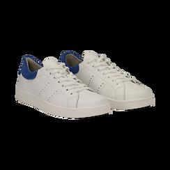 Sneakers bianche in vera pelle e dettaglio blu in camoscio, Scarpe, 131611783PEBIBL036, 002 preview