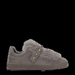 Sneakers grigie slip-on con dettagli faux-fur e borchie, Primadonna, 129300023MFGRIG035, 001a