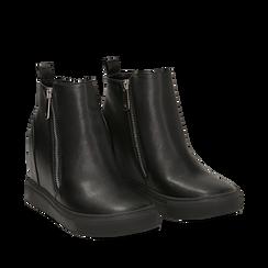 Slip-on nere in eco-pelle, zeppa interna 8 cm, Scarpe, 142008355EPNERO035, 002a