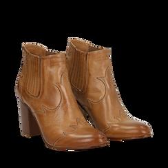 Ankle boots in pelle cuoio con banda elastica e tacco in legno 7,5 cm, Scarpe, 137725908PECUOI035, 002a