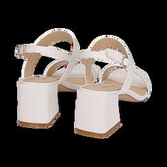 Sandalias en eco-piel con estampado de serpiente color blanco, tacón 6,50 cm, Primadonna, 152790111PTBIAN036, 004 preview