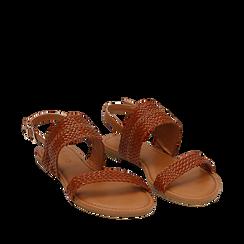 Sandali flat cuoio in eco-pelle intrecciata, Primadonna, 133600111EICUOI035, 002a