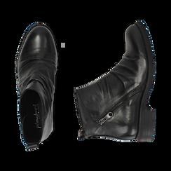 Biker boots neri in pelle di vitello drappeggiata, Primadonna, 14A919608VINERO035, 003 preview