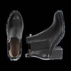 Chelsea boots neri in pelle, tacco 6 cm, Mid Season Sale, 157711439PENERO035, 003 preview