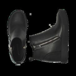 Slip-on nere in eco-pelle, zeppa interna 8 cm, Scarpe, 142008355EPNERO035, 003 preview
