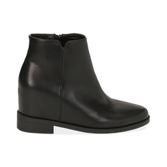 Ankle boots neri in eco-pelle con zeppa interna, Stivaletti, 149721221EPNERO035, 001 preview