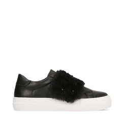 Sneakers nere Slip-on con dettagli faux-fur e borchie, Primadonna, 126103025EPNERO037, 001a