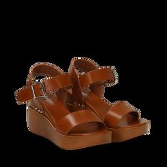 Sandali platform cuoio in eco-pelle, zeppa 7 cm, Scarpe, 132147321EPCUOI035, 002a