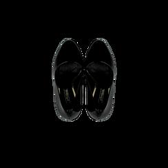 Décolleté nere in vernice con plateau, tacco 13,5 cm, Primadonna, 122103011VENERO, 004 preview