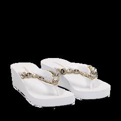 Zeppe platform infradito bianche in pvc con strass, zeppa 5,50 cm, Primadonna, 113903022PVBIAN035, 002a