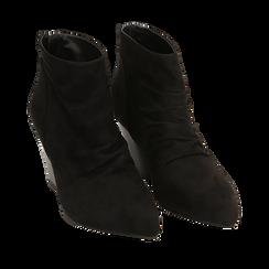 Ankle boots neri in microfibra, tacco 7,50 cm, Primadonna, 160598311MFNERO035, 002a