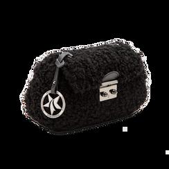 Borsa a tracolla nera in eco shearling con maxi tracolla, Primadonna, 125700306EPNEROUNI, 003 preview