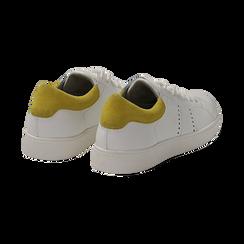 Sneakers bianche in vera pelle e dettaglio giallo in camoscio, Scarpe, 131611783PEBIGI036, 004 preview