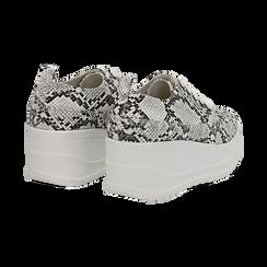 Sneakers bianche e nere in eco-pelle effetto snake print, zeppa 6 cm, Scarpe, 132008353PTBINE036, 004 preview