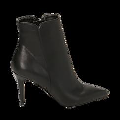 Ankle boots a punta neri in eco-pelle, tacco 8,5 cm , Stivaletti, 141764344EPNERO035, 001a