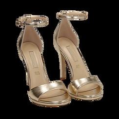 Sandalias en eco-piel laminada color dorado, tacón 11,50 cm , 152133410LMOROG035, 002a