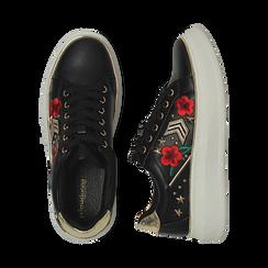 Sneakers nere in eco-pelle con ricami, borchie e stelle gold, suola 4 cm , Scarpe, 142008359EPNERO036, 003 preview