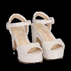 Sandali bianchi in eco-pelle intrecciata, tacco zeppa 8,50 cm , Primadonna, 158480212EIBIAN035, 002a