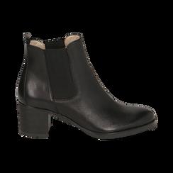 Chelsea boots neri in pelle, tacco 6 cm, Mid Season Sale, 157711439PENERO035, 001 preview