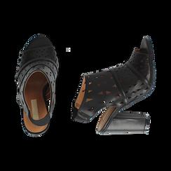 Sandali traforati neri in eco-pelle, tacco 10 cm, Sandali con tacco, 136383055EPNERO036, 003 preview