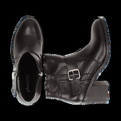 Ankle boots neri in eco-pelle con gambale traforato, tacco 7 cm, Scarpe, 130682987EPNERO037, 003 preview