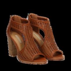 Sandali traforati cuoio in eco-pelle, tacco 9,50 cm, Scarpe, 133600002EPCUOI035, 002a