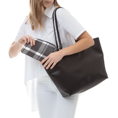 Shopping bag nera in eco-pelle con pochette ed interni stampa checked, Borse, 133783133EPNEROUNI, 002a