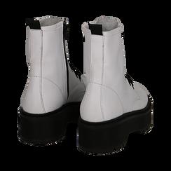 Anfibi bianchi in vero vitello, suola platform 5 cm, Scarpe, 138901010VIBIAN036, 004 preview