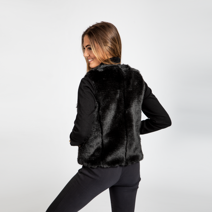 new styles fe727 7df00 Smanicato eco-fur nero