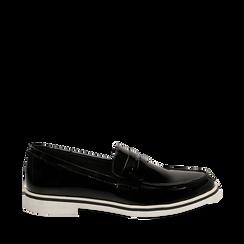 Mocassini neri in vernice con suola bianca a contrasto, Scarpe, 130608234VENERO035, 001a