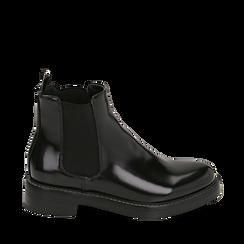 Chelsea boots neri in eco-pelle abrasivata, tacco 4 cm , Stivaletti, 140685073ABNERO035, 001a