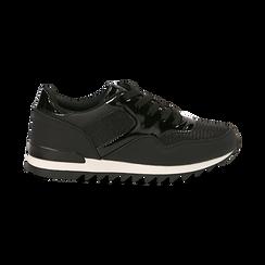 Sneakers nere in tessuto laminato e dettagli mirror, Scarpe, 130100107LMNERO037, 001 preview