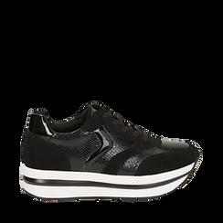 Sneakers platform nere in eco-pelle, effetto snake skin, zeppa 4 cm , Scarpe, 142892263EVNERO036, 001a